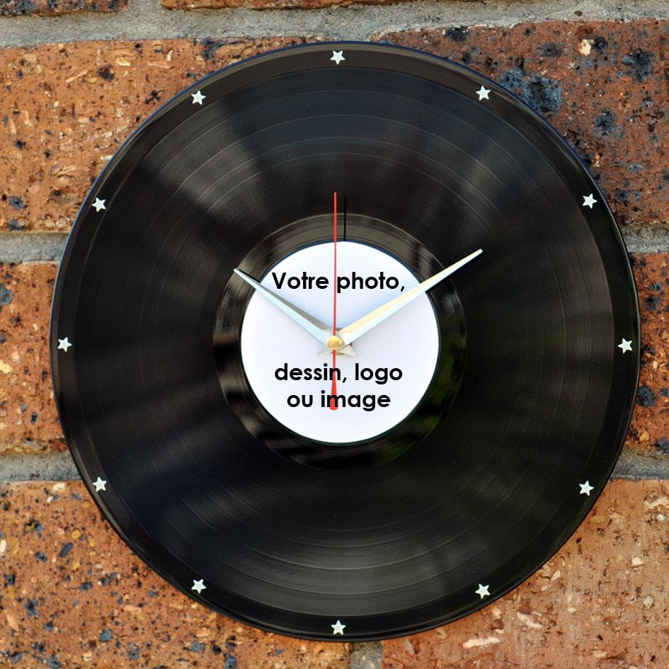 horloge murale personnalis e avec photos vinyle. Black Bedroom Furniture Sets. Home Design Ideas
