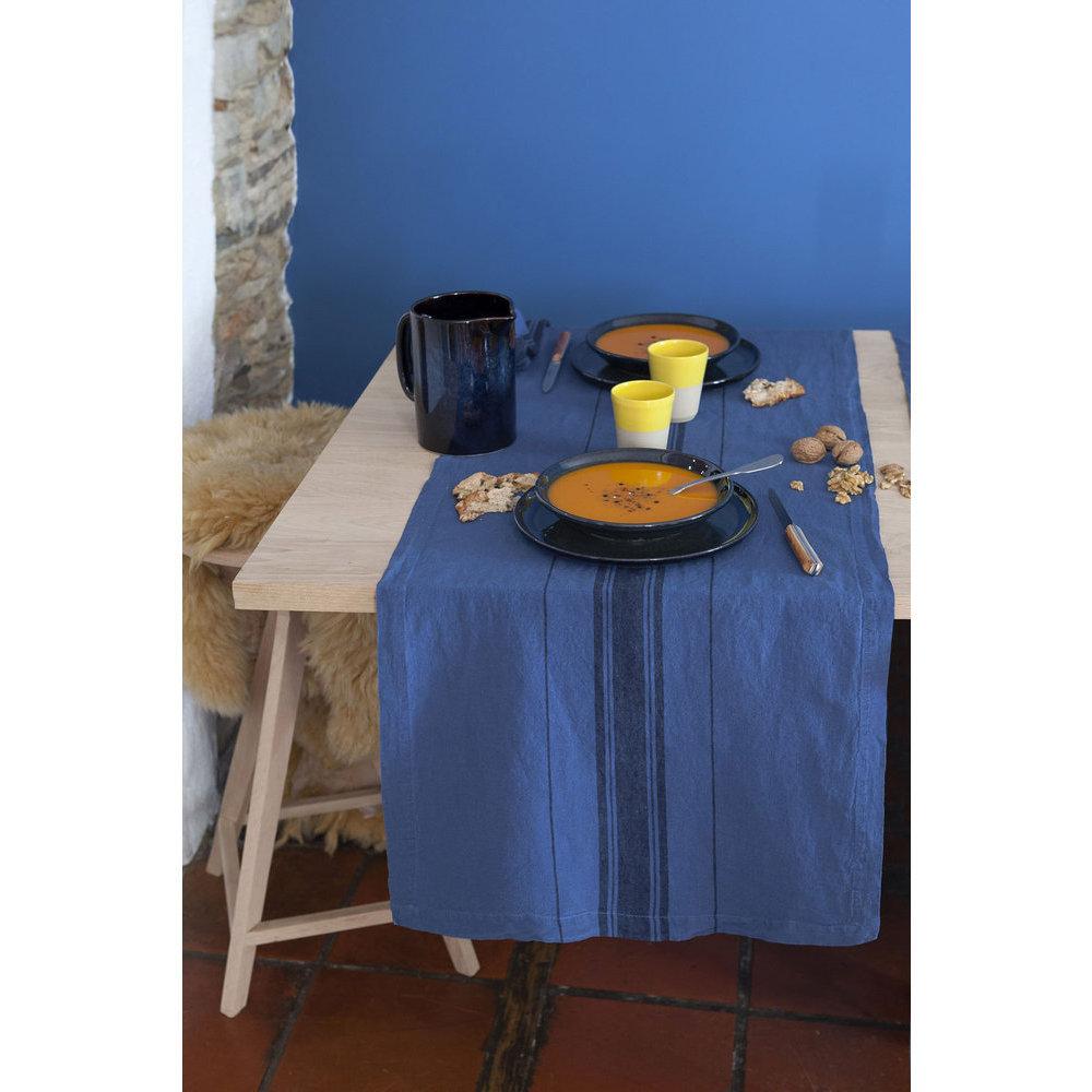 chemin de table bleu marine. Black Bedroom Furniture Sets. Home Design Ideas