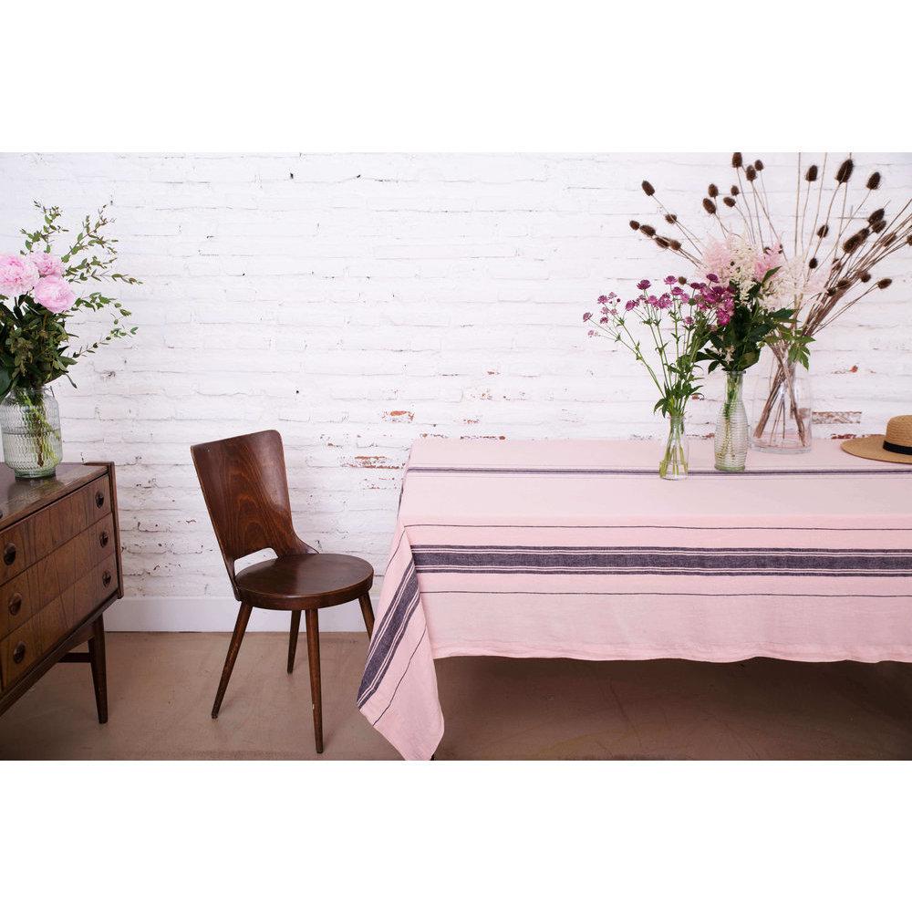 serviette de table en lin rose. Black Bedroom Furniture Sets. Home Design Ideas