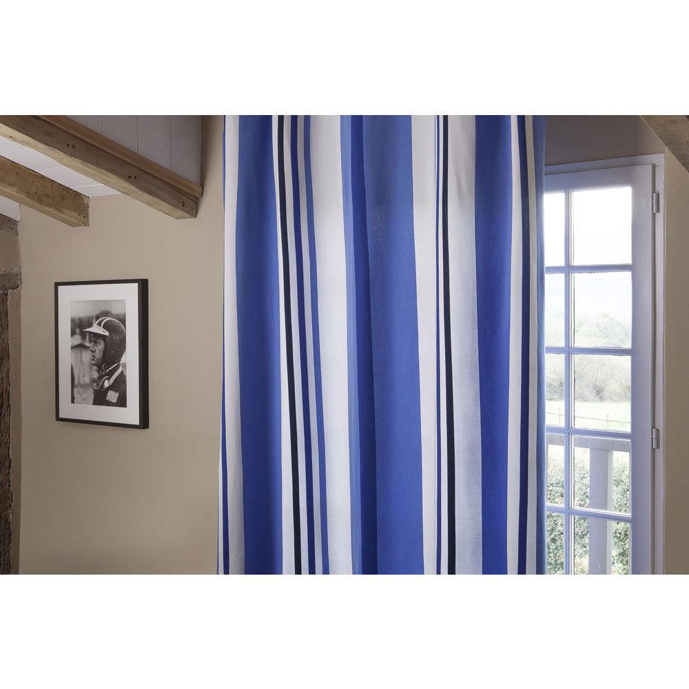 rideau bleu ciel. Black Bedroom Furniture Sets. Home Design Ideas