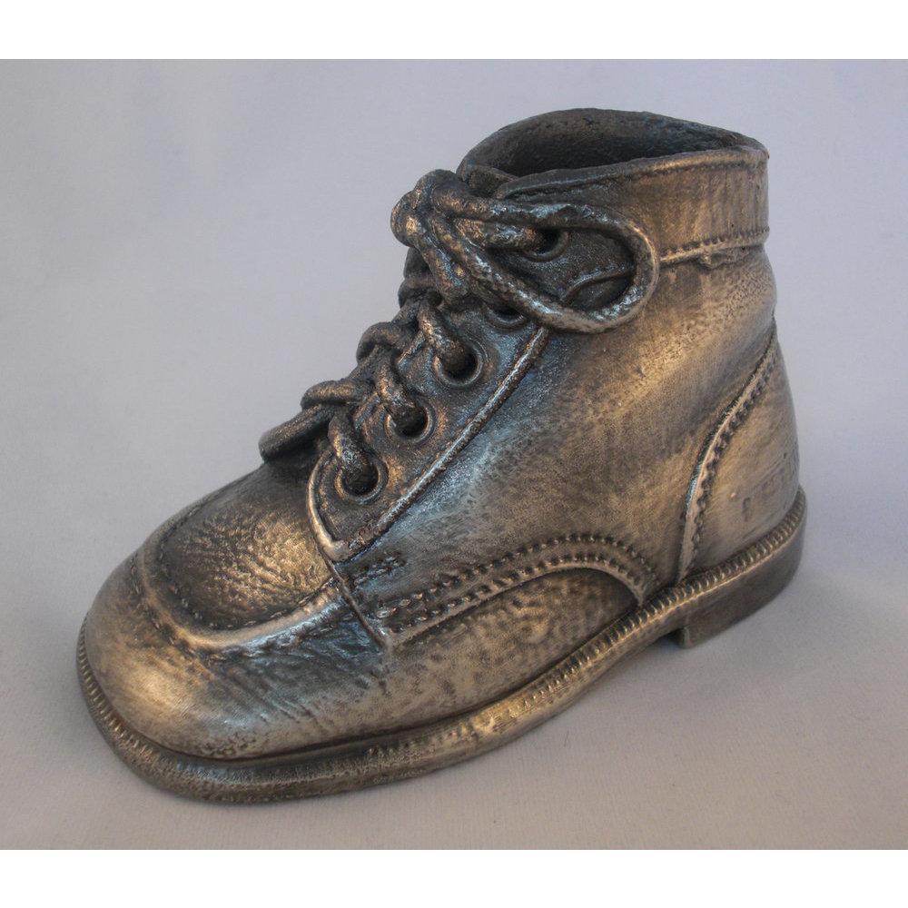 acheter et vendre authentique chaussure pour bebe naissance baskets emploi. Black Bedroom Furniture Sets. Home Design Ideas