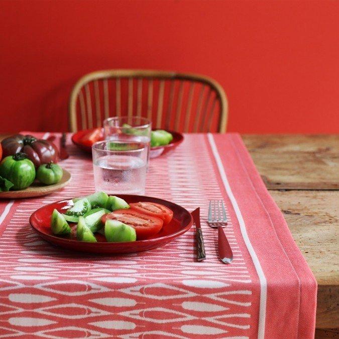 chemin de table design original. Black Bedroom Furniture Sets. Home Design Ideas