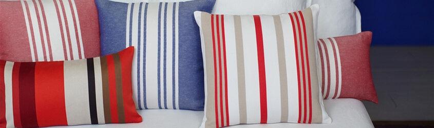 coussins originaux design pour canap s. Black Bedroom Furniture Sets. Home Design Ideas