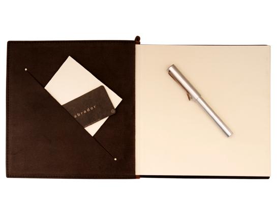 livre d'or : En marron chocolat ou marron caramel, le grand livre ...