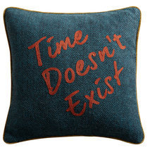 Coussin message Time doesn't exist